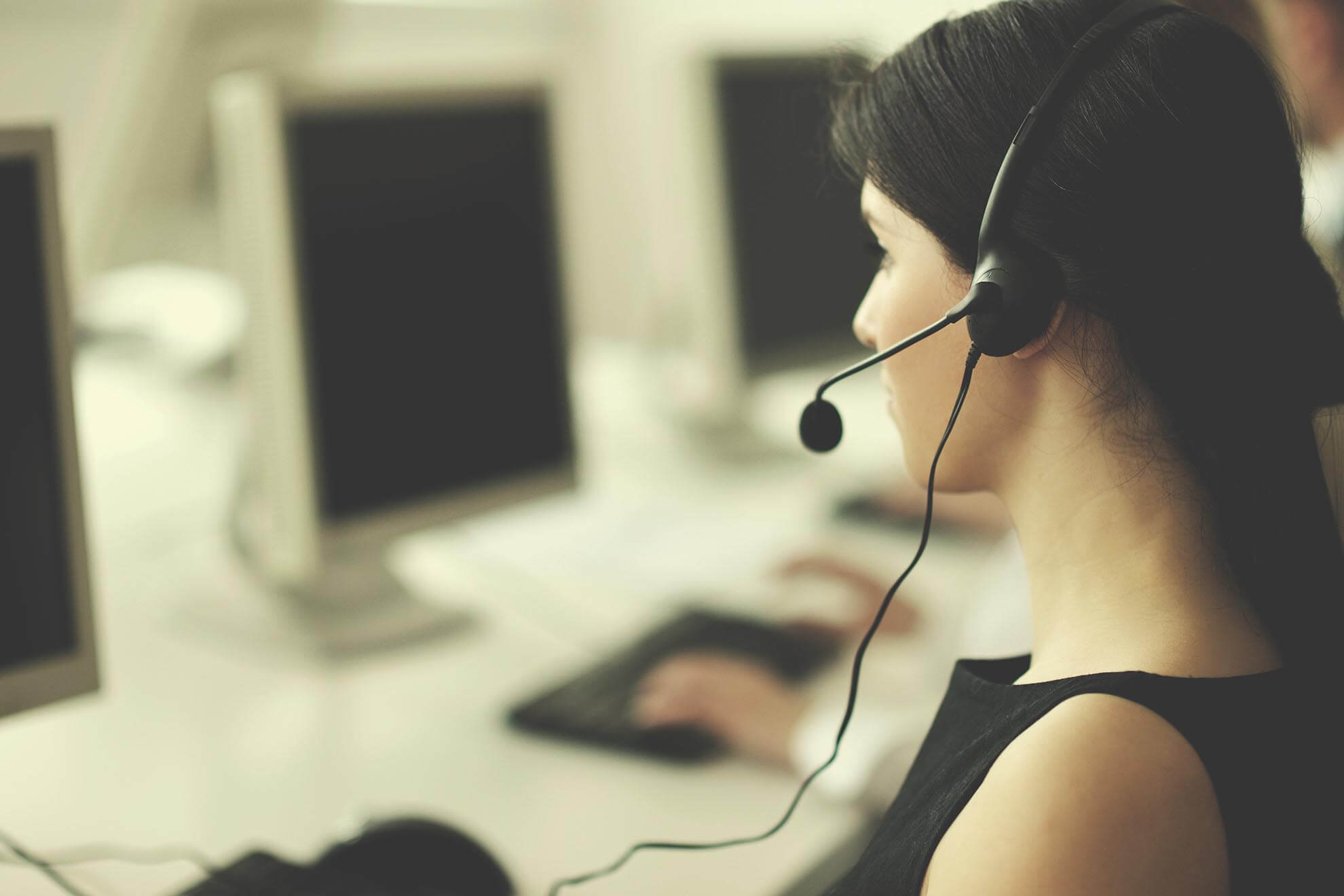 Outbound Call Center Software - Intalk.io